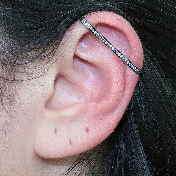Maxi piercing colorido parte superior da orelha