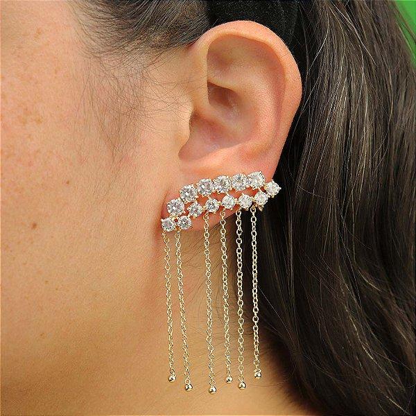 Ear Cuff luxo com franja banhado em ouro 18k