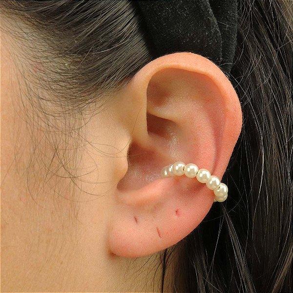 Piercing feminino de pérolas tradicionais