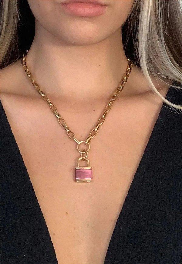 Colar Color People Elos Dourado Pingente Cadeado Pink Gloss