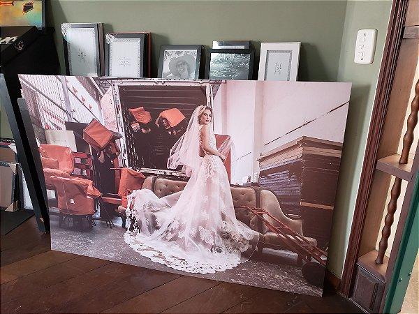 Impressão fotográfica em Vinil Fosco Colado em Placa Rígida de PS