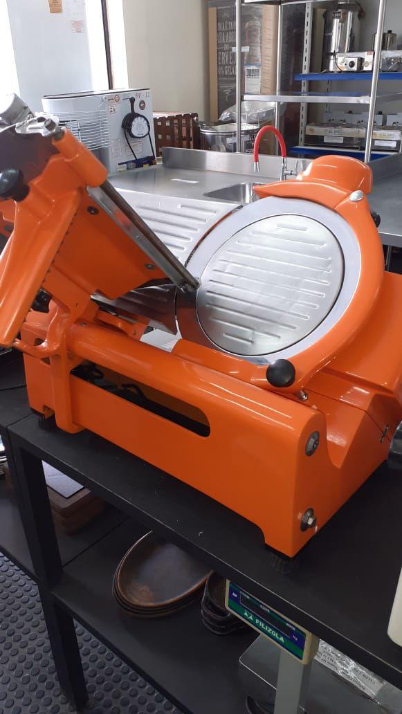Cortador de frios modelo 101S - Usado/Revisado