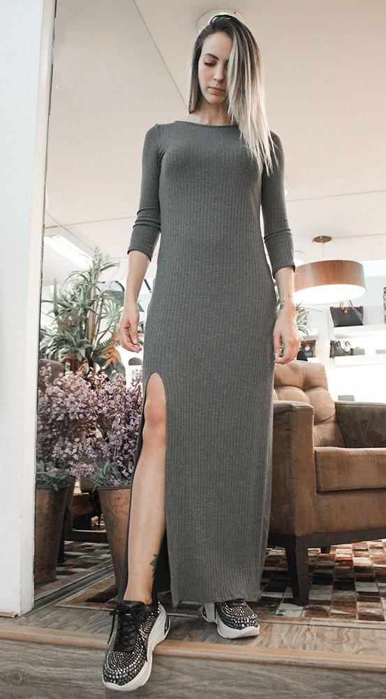 Vestido Canelado com Fenda