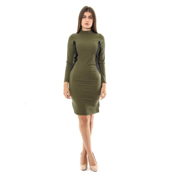 Vestido Canelado Acinturado Verde