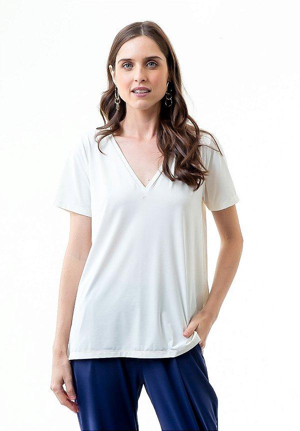 Camiseta Camila Off V22