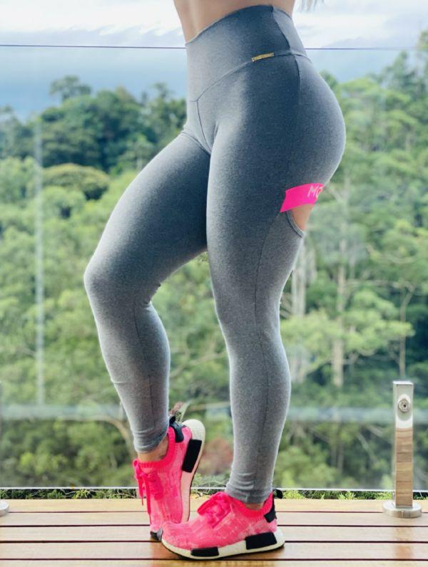 Calça Legging Intense com franzido Empina Bumbum