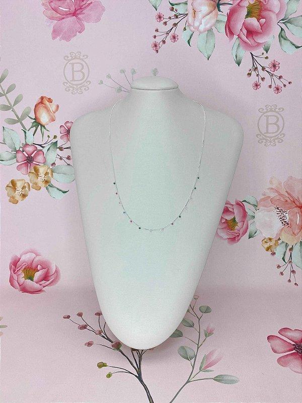 Colar longuinho prata com mini pedrinhas de strass - branco ou colorido