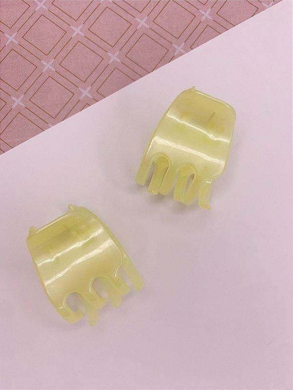 Kit com 2 Piranhas para cabelo - amarelo