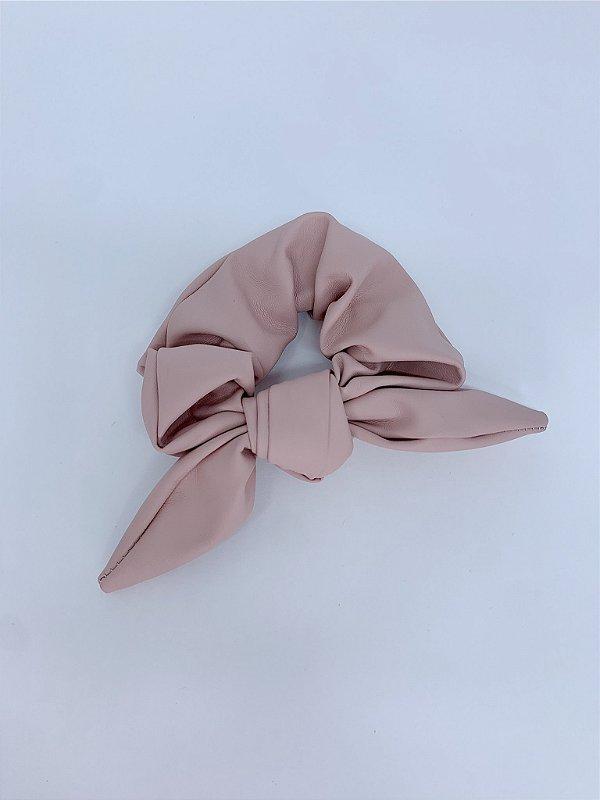 Scrunchie material sintético - rosê