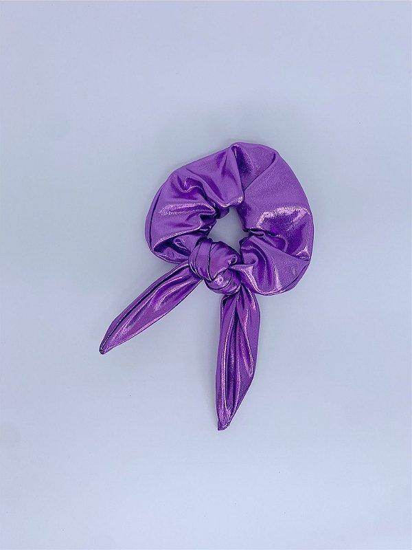 Scrunchie metalizado - lilás