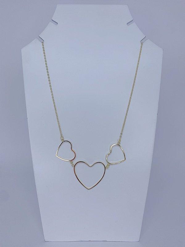 Colar trio coração vazado - dourado ou prateado