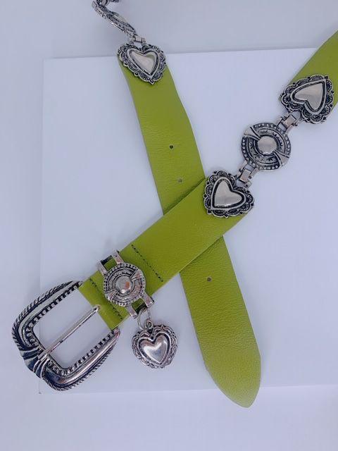 Cinto corações e pingente verde