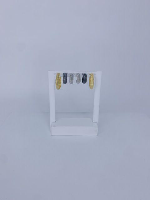 Kit com 3 argolinhas - prata,dourado e onix