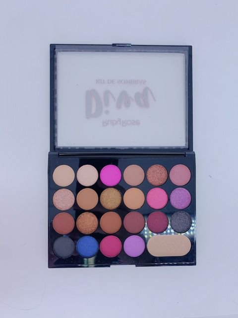 Paleta de sombras Diva -Ruby Rose