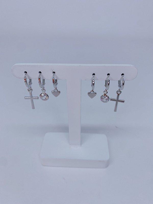Kit de argolinhas com cruz, coração e pedra - prata ou dourado