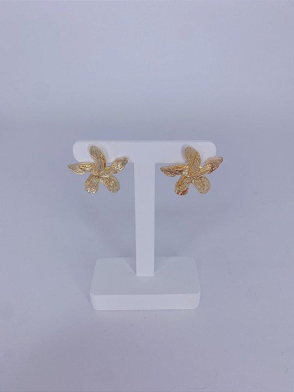 Brinco flor média dourada