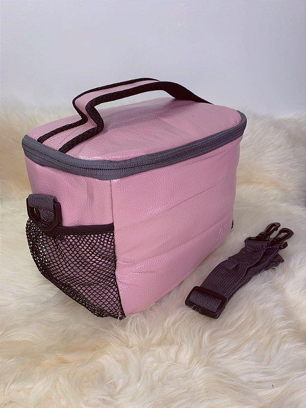 Necessaire térmica, com bolso de tela na lateral e alça ajustável - rosa claro