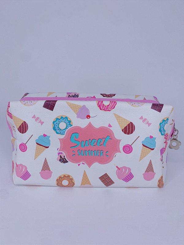 Necessaire estampada de sorvete, picolé, cupcakes e donuts