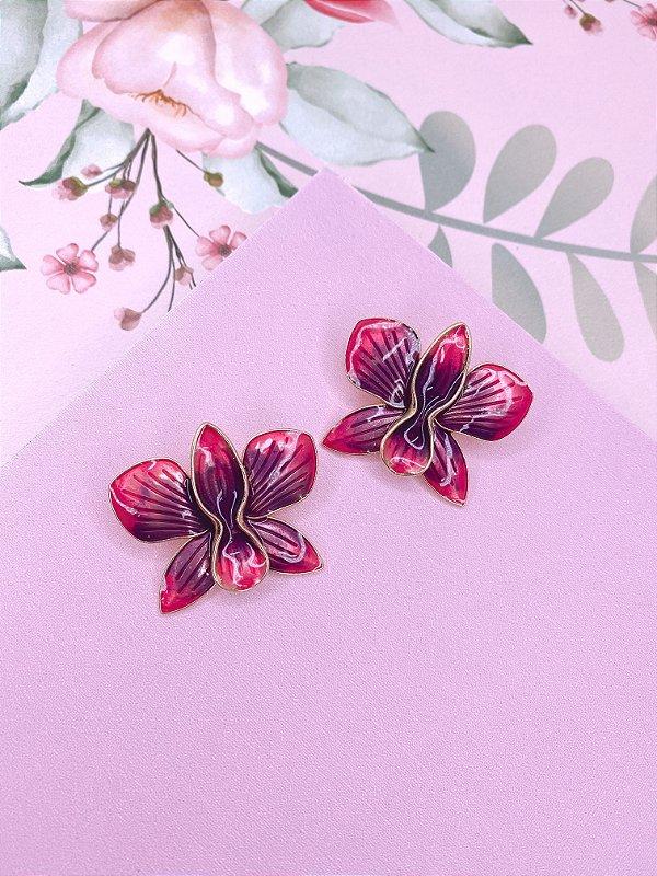 Brinco dourado de Flor Borboleta esmaltado mesclado em roxo com rosa