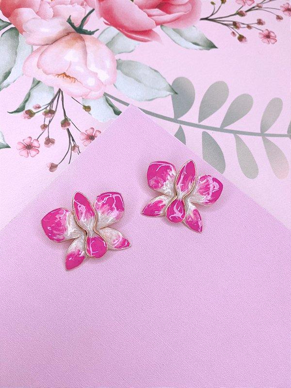 Brinco dourado de Flor Borboleta esmaltado mesclado em rosa