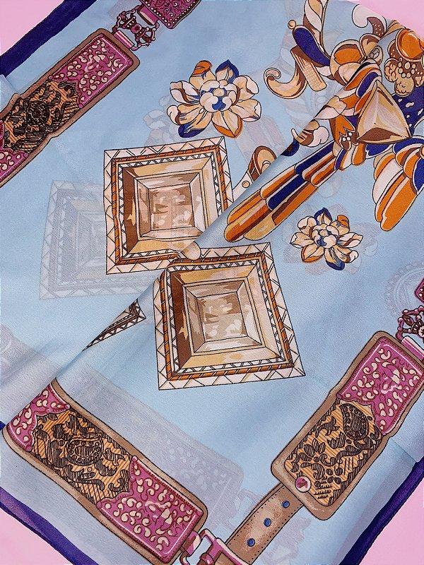 Lenço diamante azul marinho com azul claro