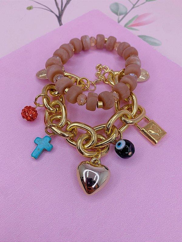 Kit 2 pulseiras corrente dourada com pingentes e miçangas