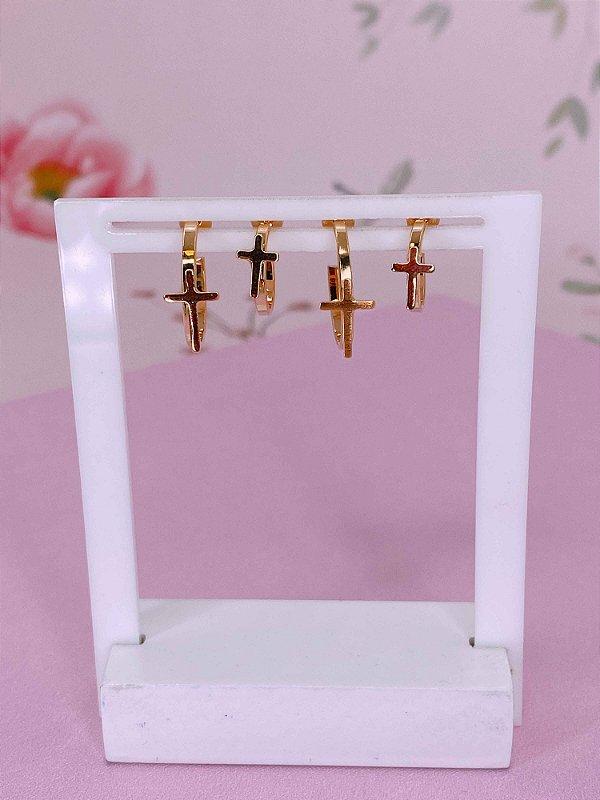 Brinco kit duas argolinhas douradas com cruz