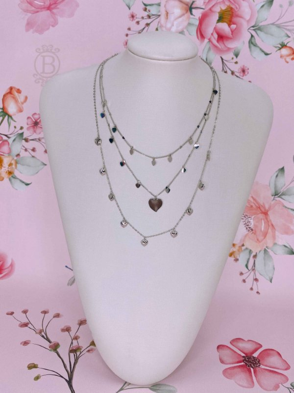 Colar trio plaquinhas de corações - prata ou dourado
