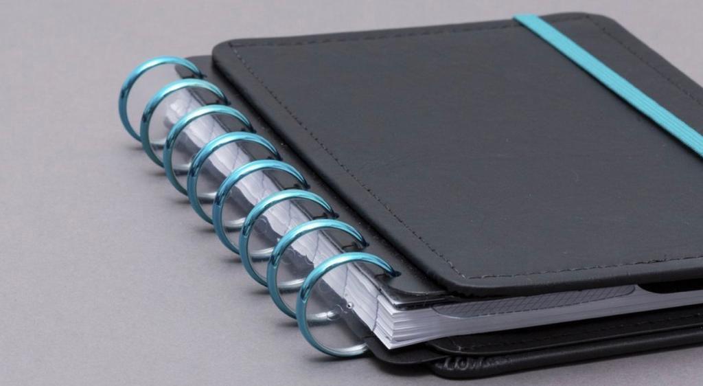 Discos + Elástico Azul Metálico G para CADERNO INTELIGENTE
