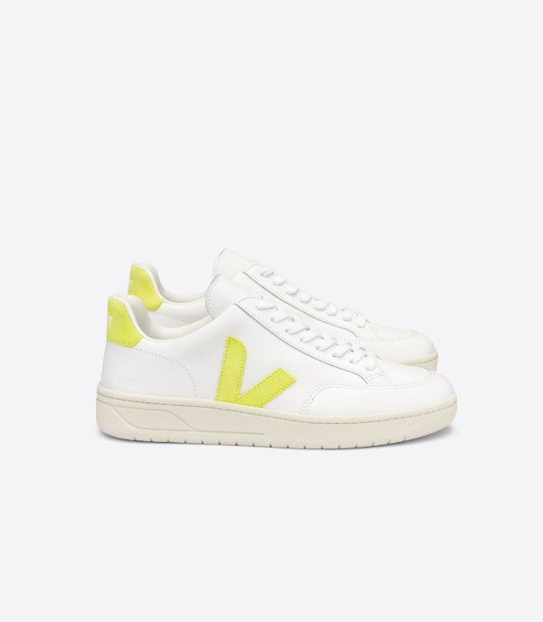 Tênis V-12 couro extra white jaune fluo amarelo