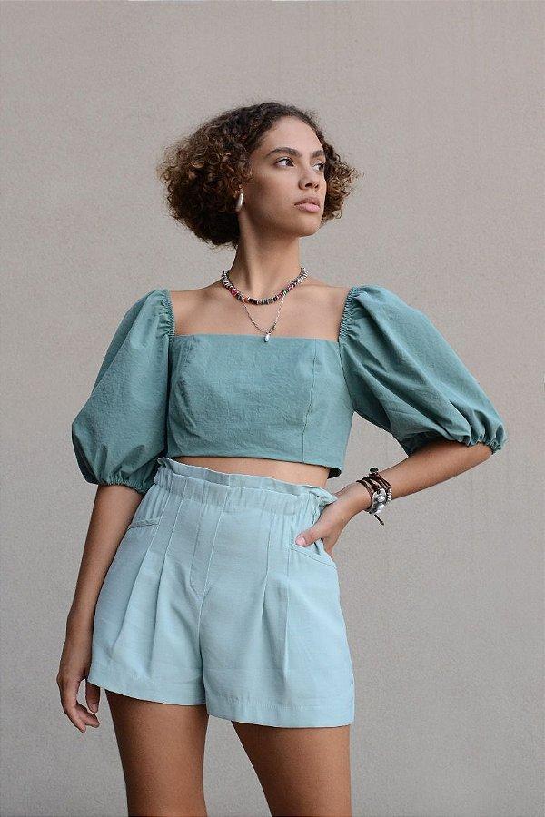 Short com elástico cintura e bolso