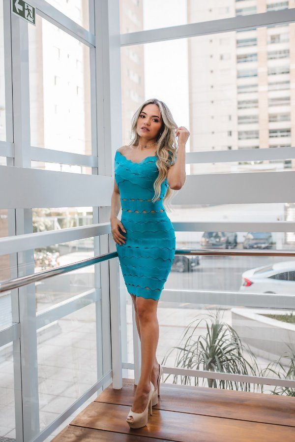 Vestido de Bandagem Vanessa Azul Curto