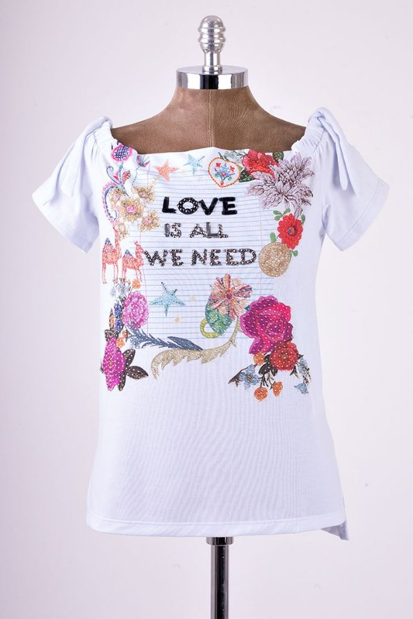 Blusa Ombro a Ombro Love Is All