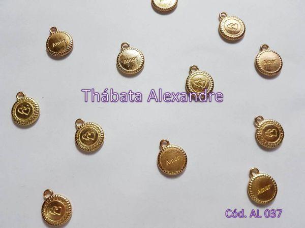 Medalha Amor - Dourada