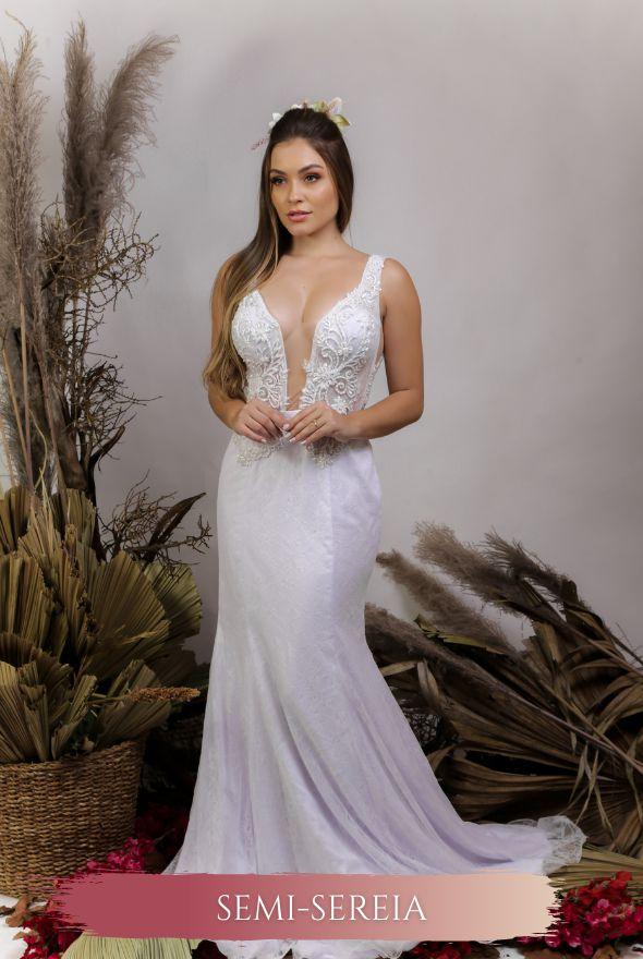Vestido de Noiva Semi Sereia com decote em V e transparência - SARA
