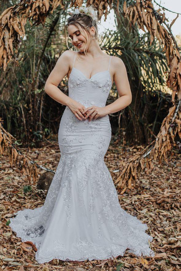 Vestido de Noiva Semi Sereia com corpete e decote coração - BEATRIZ