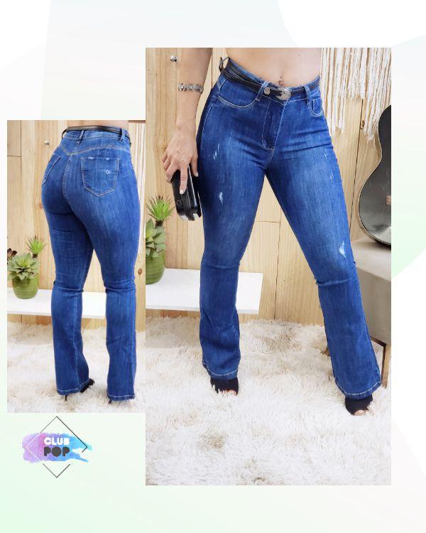 Calça Flare Jeans Detalhes em puídos