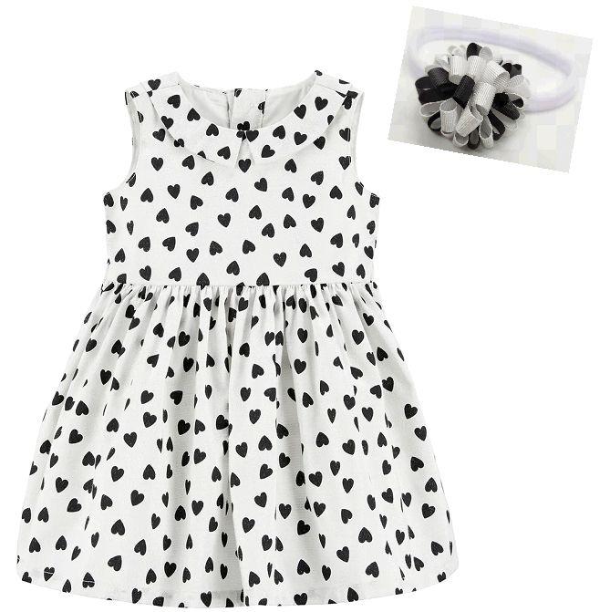 Vestido estampado coração Carter's com faixa pompom preto e branco