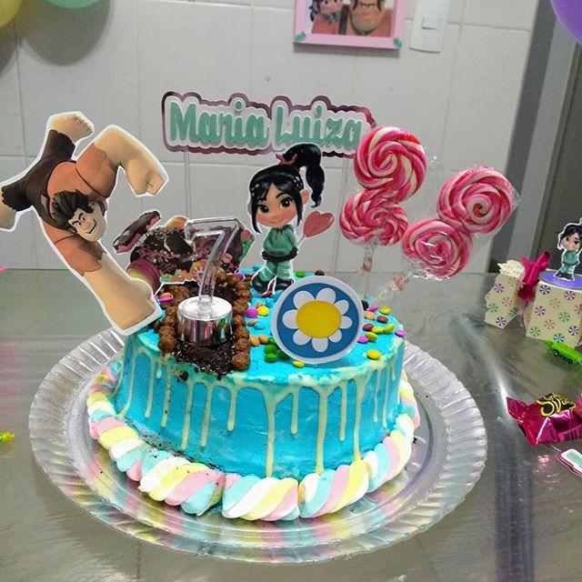 Topos de bolos diversos - Talita