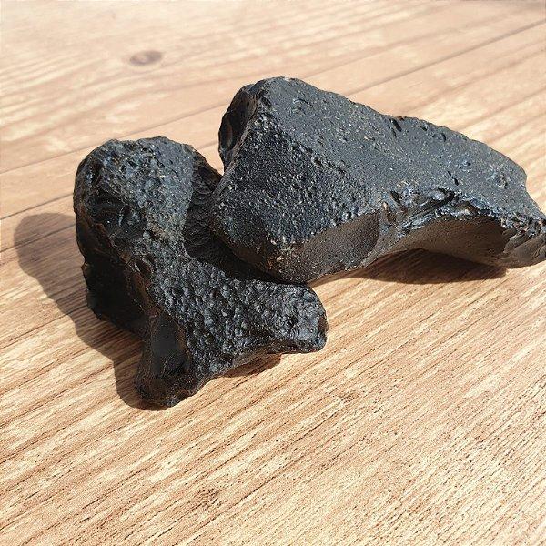 Cintamani pedra bruta 50gr em media   PEDRA DOS DESEJOS