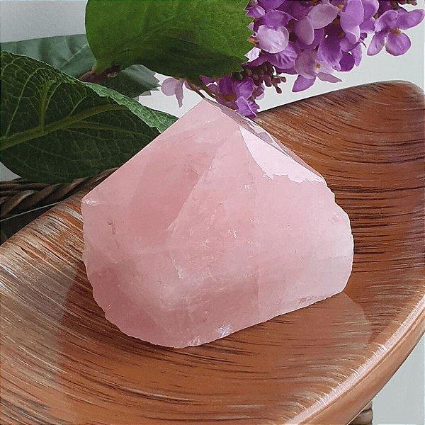 Ponta de Quartzo Rosa Natural - 456 Gramas 7.5 x 7.5cm