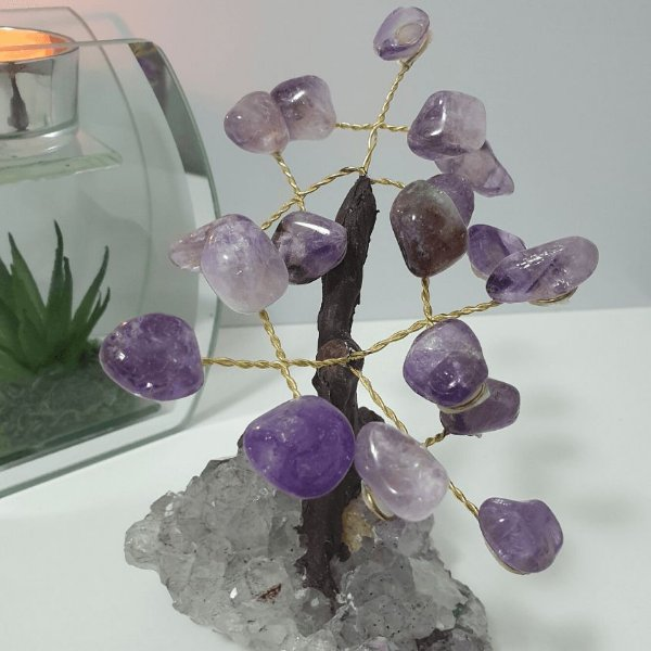 Árvore em Ametista com base em Drusa de Cristal - 490 Gramas 10cm x 12cm