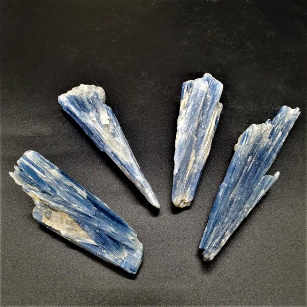 Cianita Azul Bruta (unidade) - Qualidade Super Especial