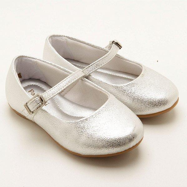Sapatilha infantil em couro prata brilho