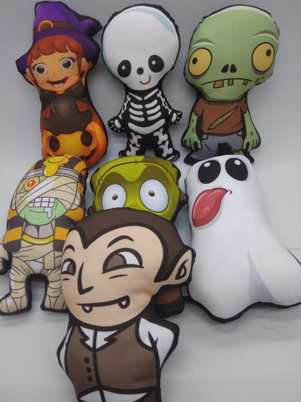 kit de 7 Plushies  -  Monstrinhos