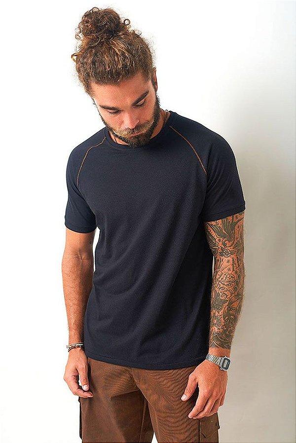 T-Shirt Raglan Pesponto