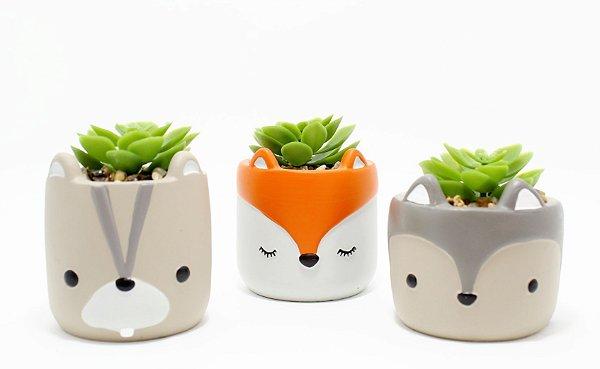 Vaso De Concreto Decorativo Com Planta Artificial E Pedrinhas - Temático Bichinhos