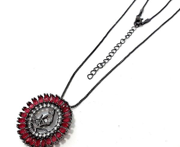 Colar De Ródio Com Pingente De Pedra Rosa Do Signo do Zodíaco - Virgem