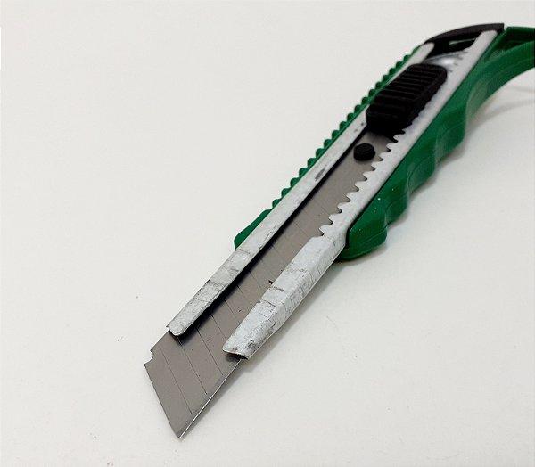Estilete De Metal Com Corpo De Plástico E Trava 18mm Com 1 Lâmina 0,5mm Verde - Shock