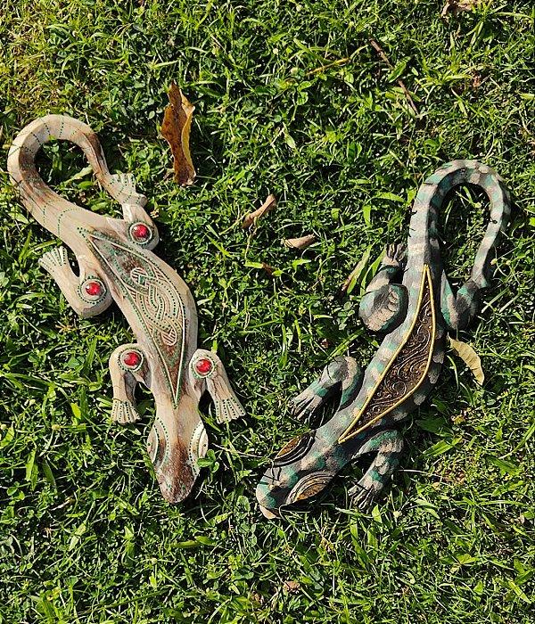 Salamandra Indonésia Madeira